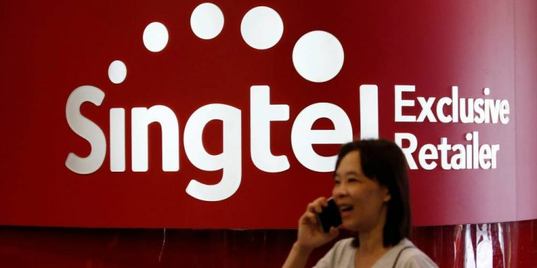 Get the Right IP Phone Services with Singtel