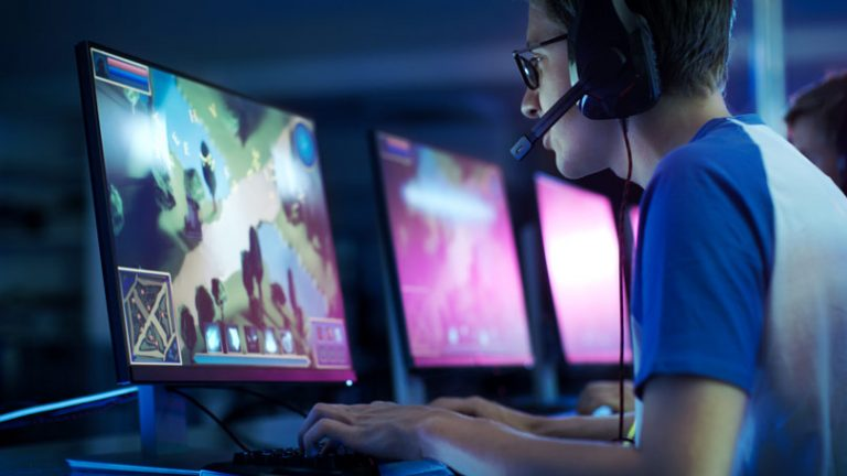 How does a player benefit from playing online games? Explain it.