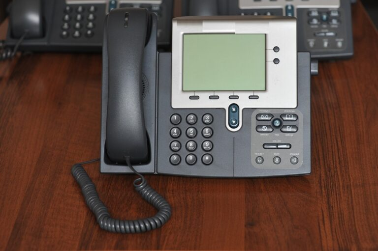 Adventus Will Ensure Smooth Communications In Your Organization- Alcatel Lucent Phone