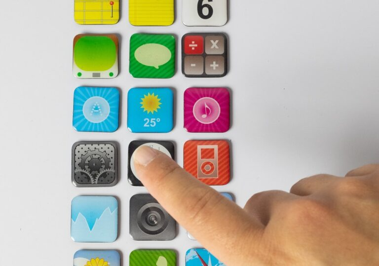 Which Approach Should Businesses Use to Build Their Apps?